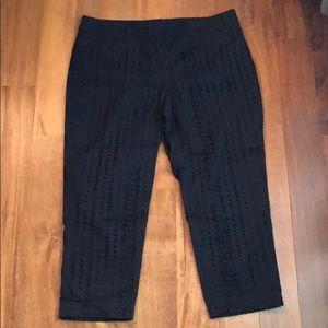 Size 12P LOFT cropped navy pants